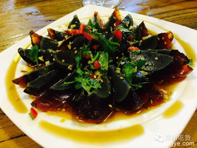 吃货探店|鱼虾肥蟹齐荟萃,鲜香美味挡不住——昊贤龙虾